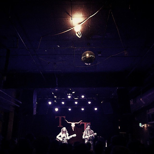 Mandolin Orange impressing a packed tavern tonight. #mandolinorange #tractortavern #waltzaboutwhiskey #nclove