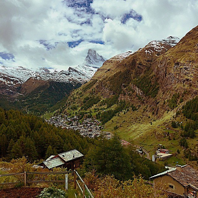 Matterhorn peeking out of the clouds. #zorensensgoswiss #switzerland #zermatt